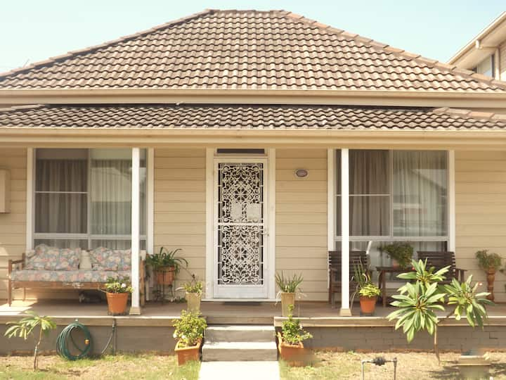 Throsby Creek Cottage