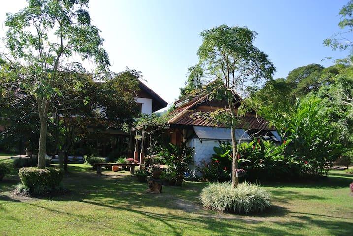 Villa Nasara (Chiang Rai Garden Villas- 3 homes)