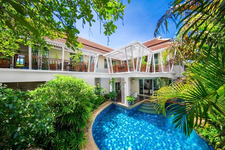 Paradise Pool Villa Pattaya BBQ, Private Pool 6 BR