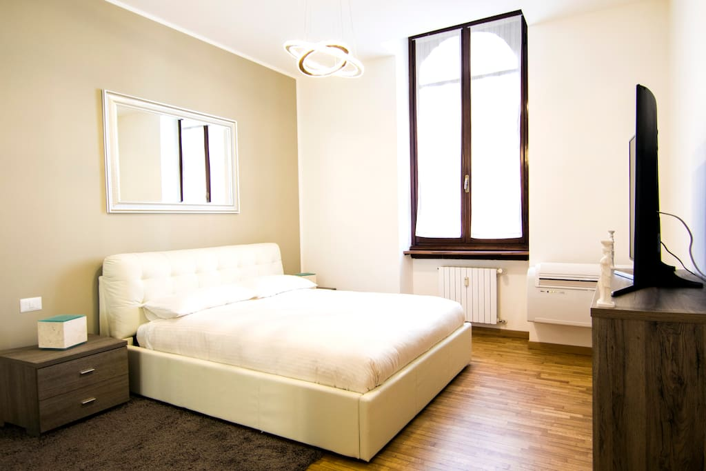 hermes 150 meters from the central station wohnungen zur miete in mailand lombardia italien. Black Bedroom Furniture Sets. Home Design Ideas