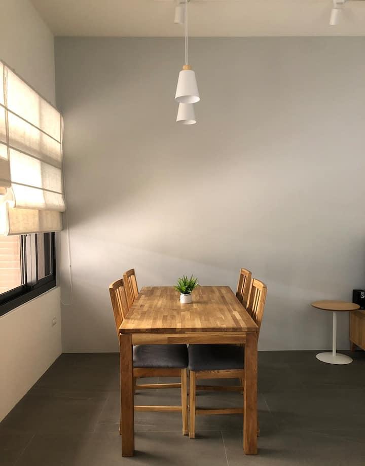 木子易House