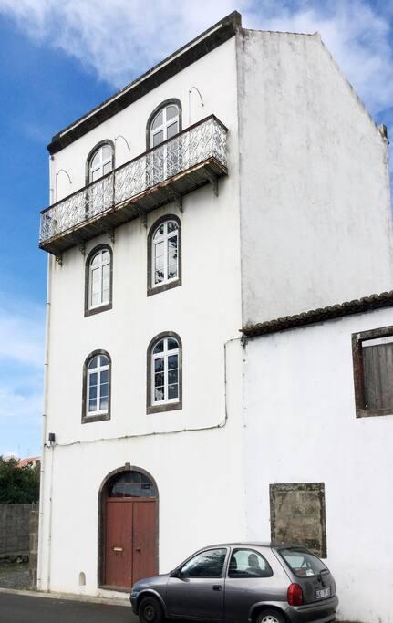 Front of Casa do Inglês