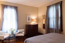 Master Bedroom w/King