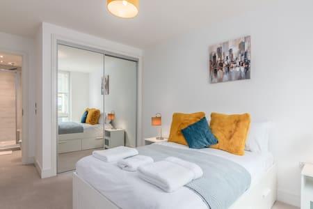 Stockley Park and Heathrow Business Apartment 2