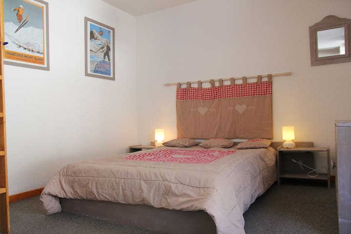 comfortable apartment for 4 persons with a large balcony