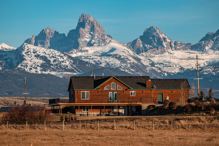 Picturesque Views of Teton Valley