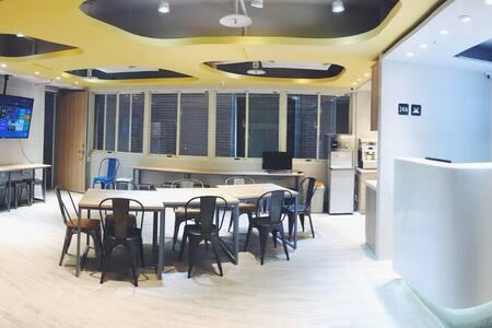 Pillow Hostel 枕頭旅宿 混合區單人床位 開幕優惠中! - Kollégium