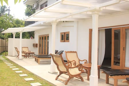 BoBo's Bed & Breakfast, Ahungalle, Sri Lanka