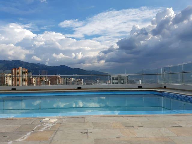 Poblado modern apartment 2br - Medellín - Lägenhet