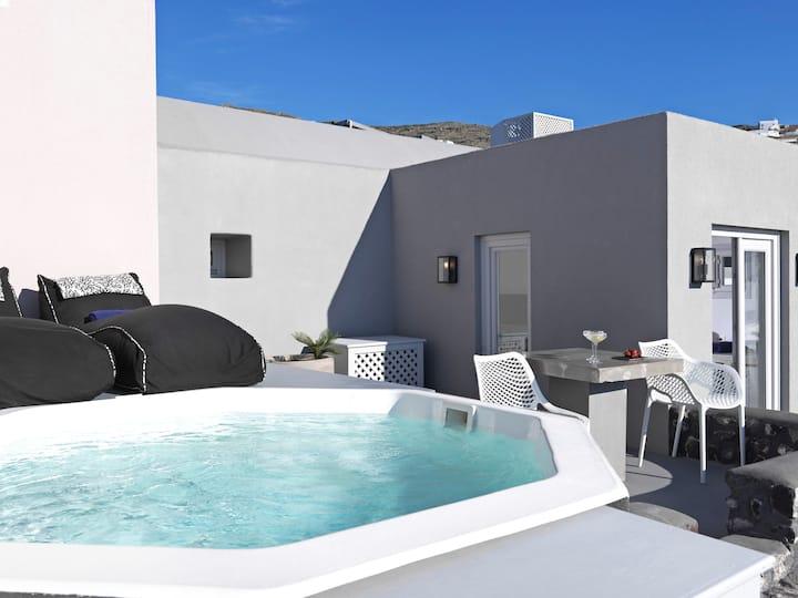 Superior Villa with Private Plunge Pool & Sea View