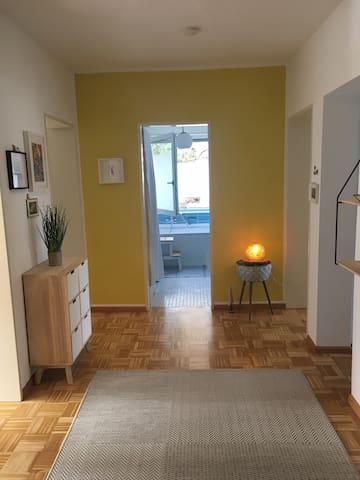 Helle 3- Zimmer Wohnung im Grünen