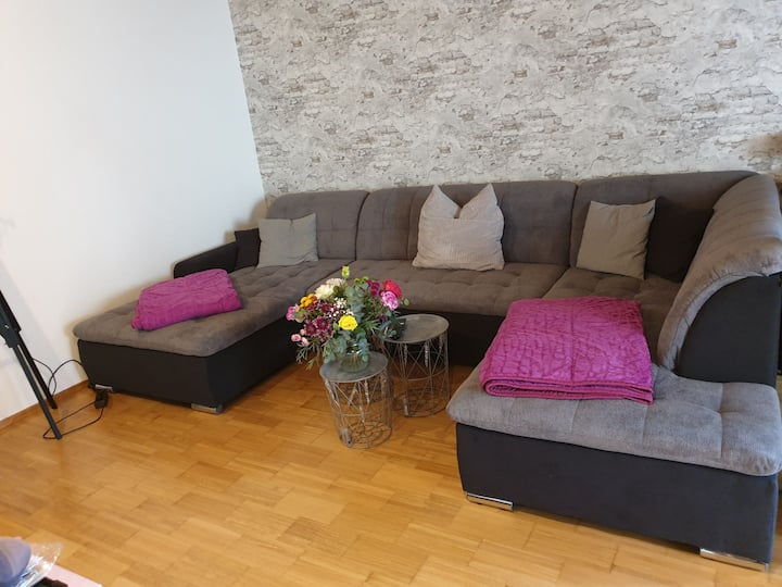 25 sqm private room in a new renovated home