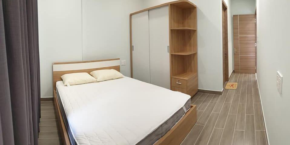 Khanh Du Cheap Room in Hai Phong