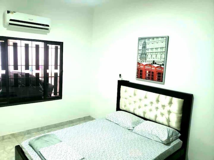 Habitación Cómoda/Room Confortable, con Aire A.