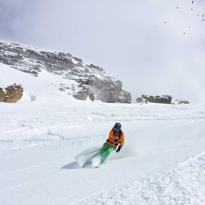 Jump into winter! Tignes is a high-altitude resort with AMAZING snow, all year round!