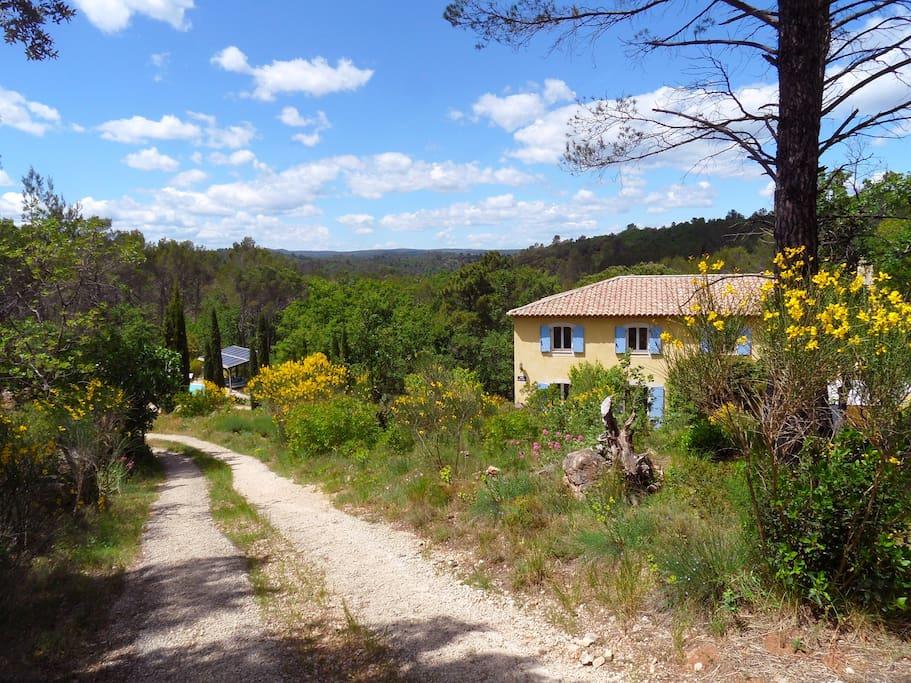 Une oasis de paix et de calme au coeur de la Provence Verte