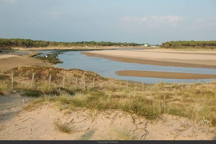 Entre Mer et Bocage 10 mn des plages 2 à 6 personn