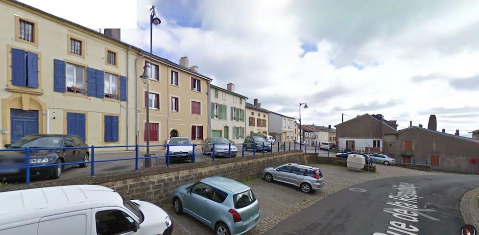 Appartement F1 complet - Marange-Silvange - Wohnung
