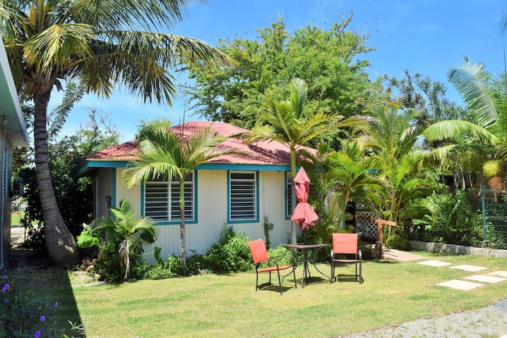 Campomar Bungalow by Shack's Beach