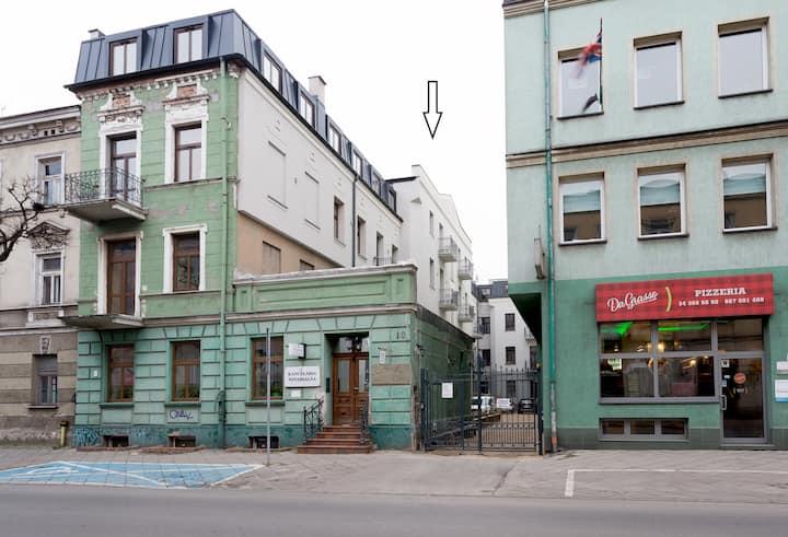 """Centrum Dąbrowskiego 10 """"Stara Kamienica"""" 8"""