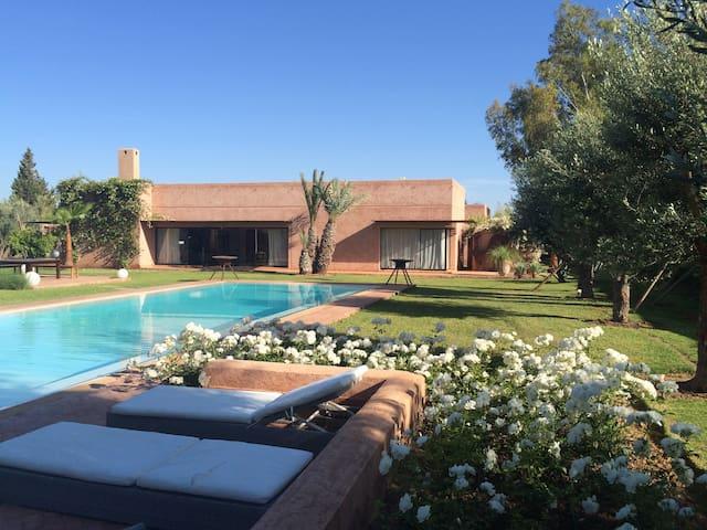Villa moderne Dar Ongi Etorri à Marrakech - Marrakesh - Villa