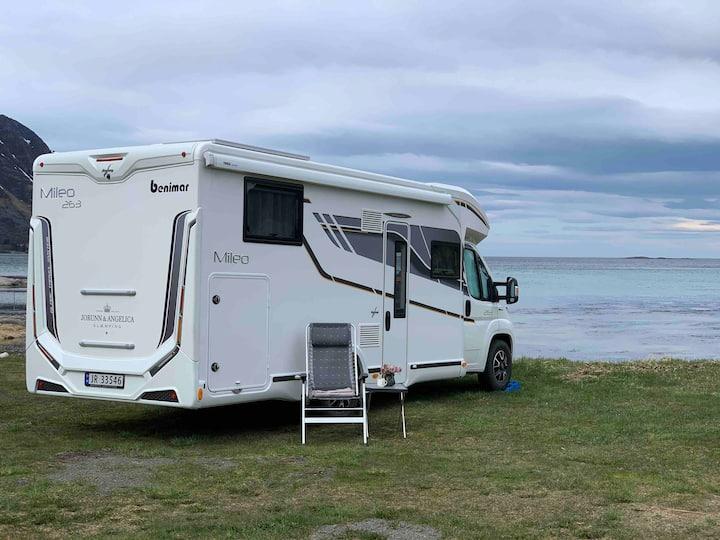 Harstad,Lofoten, Bobil/Livingvan 5 seats B sert.