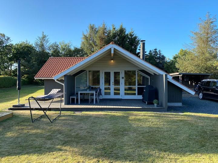 Hyggelig sommerhus ved Hals