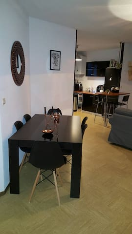 Appartement Centre ville Calme - Gignac-la-Nerthe - Kondominium