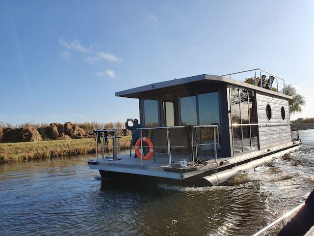 Luxus Hausboot in der Nähe von Roermond