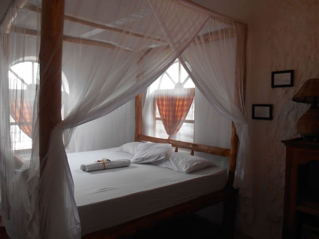 Stonehouse Zanzibar, JAH LAND, king bed, Nr 2
