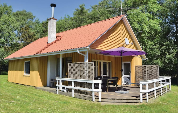 Holiday cottage with 3 bedrooms on 61m² in Humble