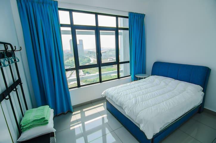 COMFY ROOM for 3@Conezion,IOI City Mall, Putrajaya