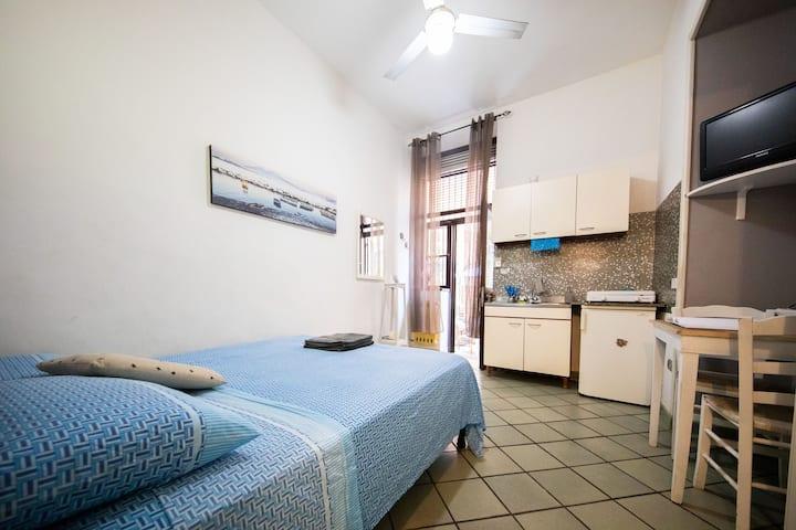 """Cozy private room""""La Tavernetta""""in the Town center"""