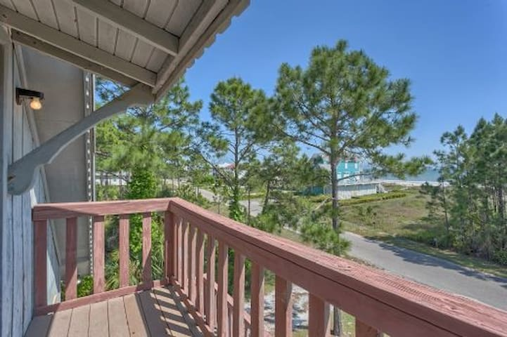 Close To The Beach, Low Key Area, Great Value ~ Seas of Jade