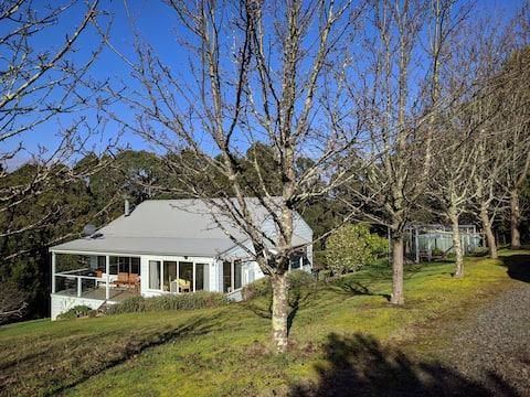Johanna Meadows Cottage A peaceful retreat