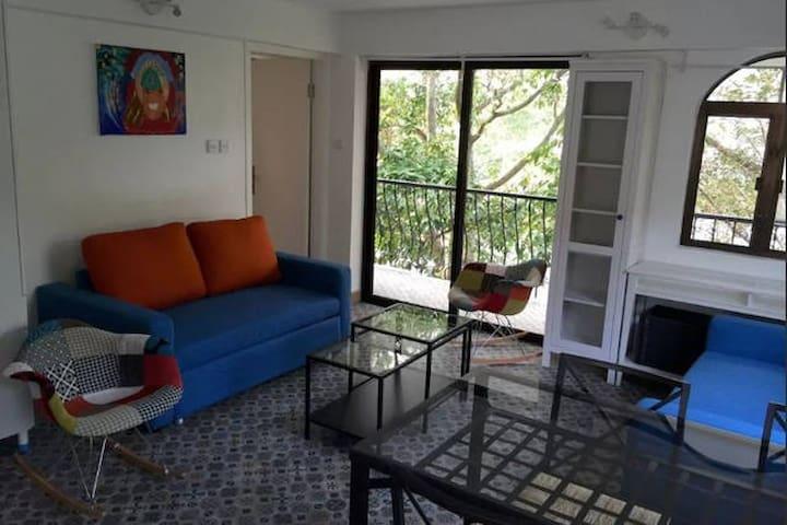 Pui O Beach apartment B
