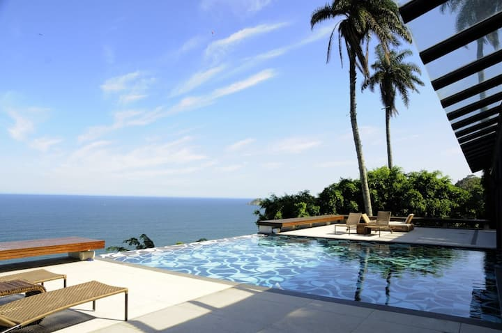 Ocean View Villa with Pool in Joá - ilive010
