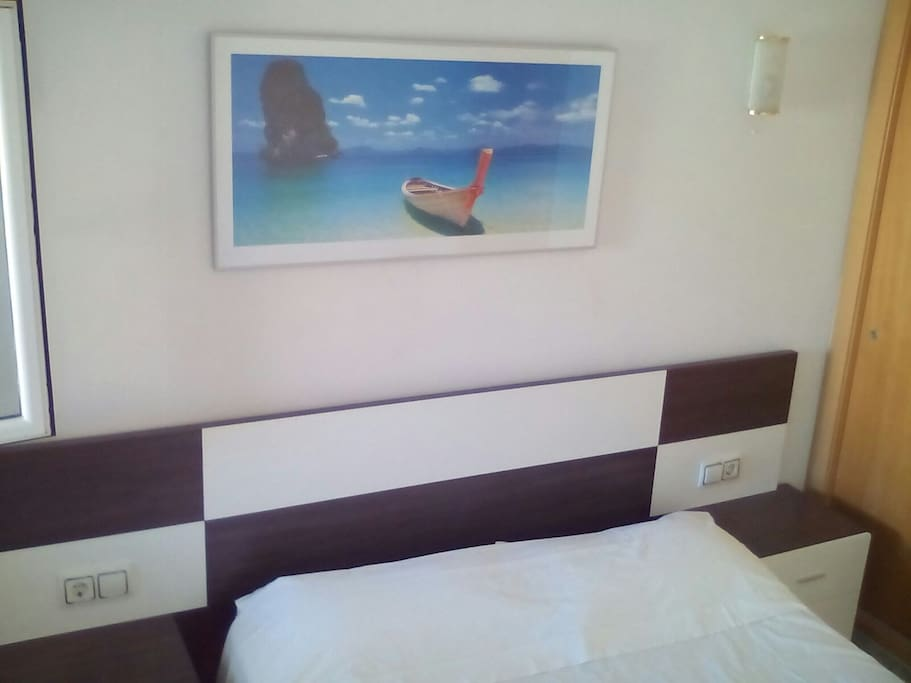 Habitación principal con cama para 2 personas