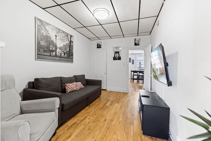 Great Location 1BR Next to Path - 10min to NYC