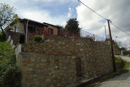 Maria's Balcony-Aegean View - Tsagkarada
