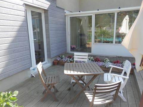Private studio/terrace and veranda