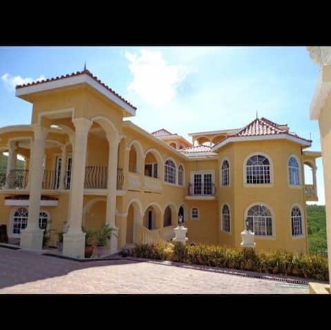 The Martin's Mansion Resorts/Apartment1Bb