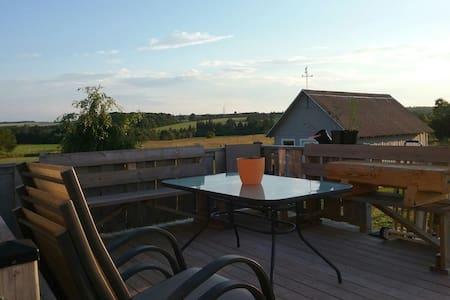 Best deck in Warren Grove. - Warren Grove - Hus