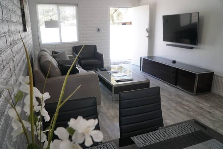 Relaxing 2BR Casa in Oak Flower