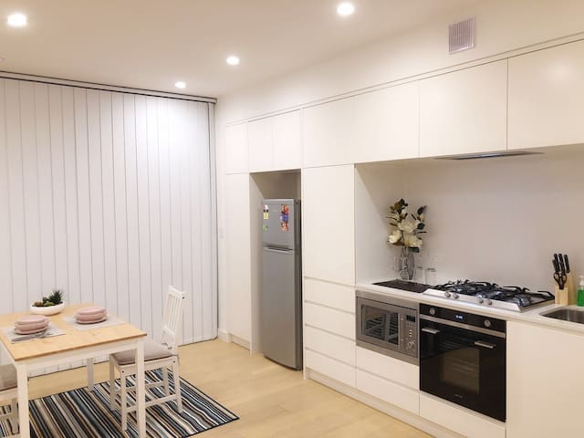 Sydney Best Location Apartment (Free Parking)