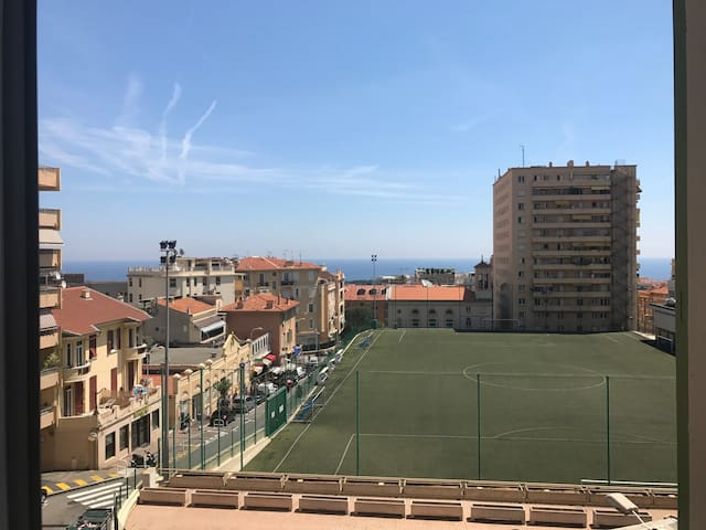 Apartment 2 minutes from monaco