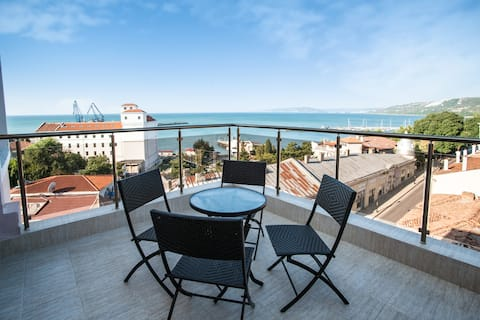 Balchik Tower Apartments - Apartment with sea view