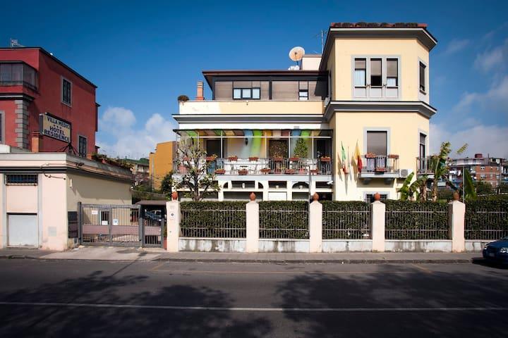 Villa Medici Residence Miseno