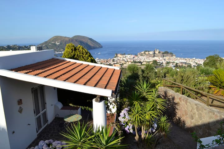 La Chiara panoramica casa in villa con piscina