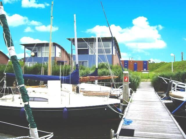 Hafenhaus Jasmijn am Lauwersmeer mit Seeblick